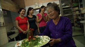 ベトナムの古都フエの宮廷料理人が10時間かけて作り上げた大作「冷やしたぬき」