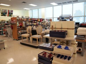 ワイキキ周辺でお安く!ハワイの雑貨・ブランドお買い物の穴場