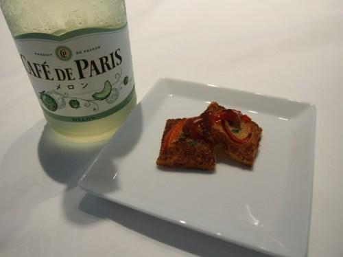 「彼ごはん」SHIORIさん、カフェ・ド・パリと相性抜群レシピを紹介