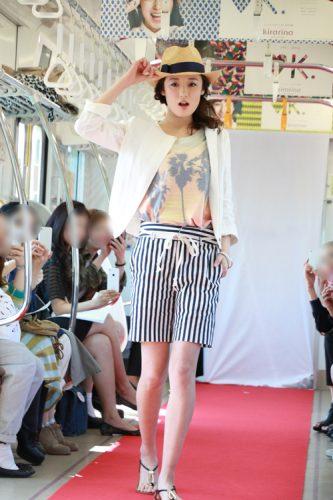 """道端カレン""""車掌""""率いる14人のモデルの夏コーデ、すべて見せます!"""