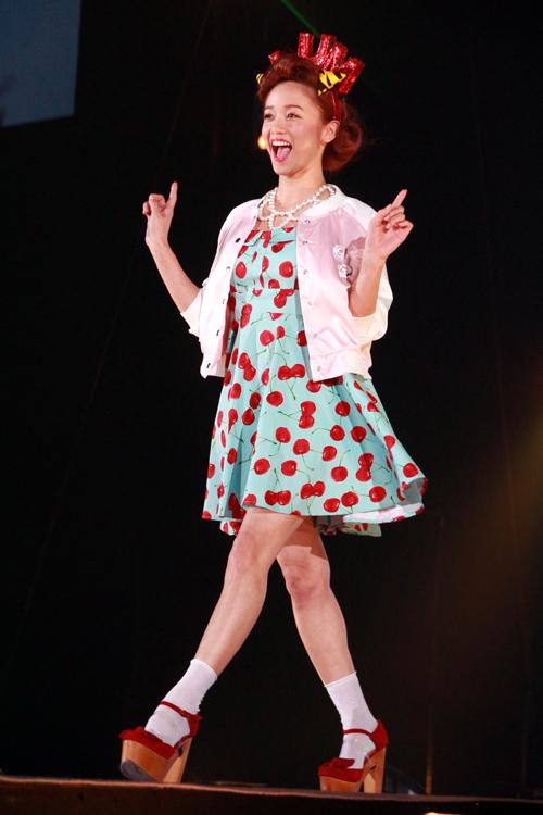 """芹那や水沢アリーら""""8人のラムちゃん""""全員お見せします!【GirlsAward 2014 S/S】"""