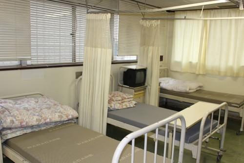 廃病院から脱出する「怖すぎる婚活」合コン開催!吊り橋効果でカップル成立か!?