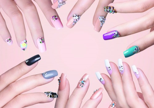 s SWAROVSKI_CYS_Nails_Keyvisual_A4