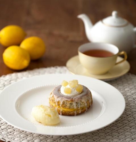 瀬戸田産レモンのポピーシードケーキ