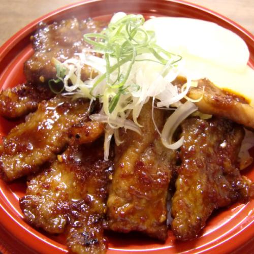 12.神戸牛焼肉丼