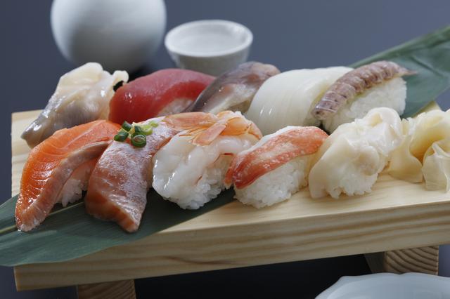 20代女子が好きな寿司ネタランキング!マグロは3位、1位は…