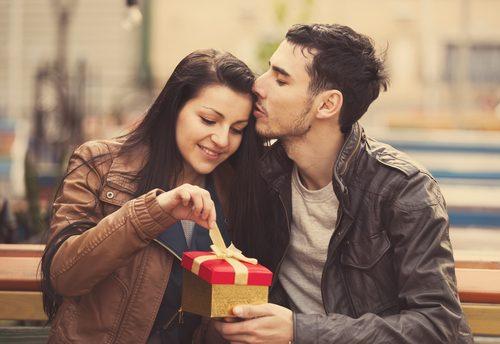 バレンタイン,チョコレート,カップル