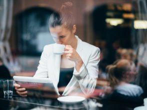 朝の使い方・働く女性