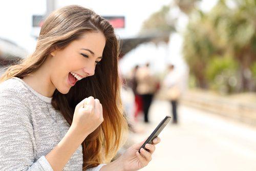 喜ぶ,女,LINE,携帯電話,メール