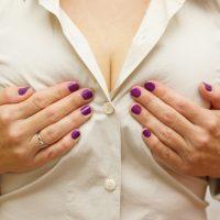 乳首、黒ずみ、原因