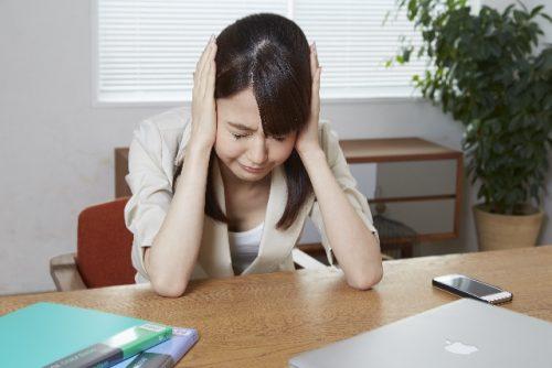 会社、企業、頭痛、悩み、嫌