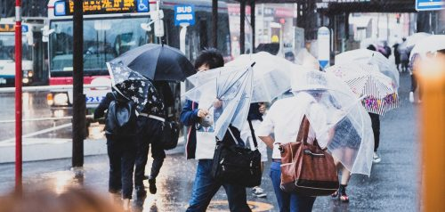 傘,梅雨,雨,嫌い,シーン,気遣い