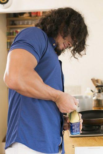 スパム缶を開ける際には、作り方1の肉体をフル活用すべし!