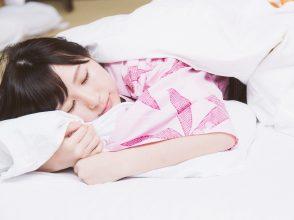 夏バテ,睡眠,寝具,寝不足,実感,睡眠満足