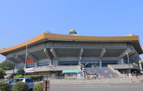 (c)TK Kurikawa / Shutterstock.com