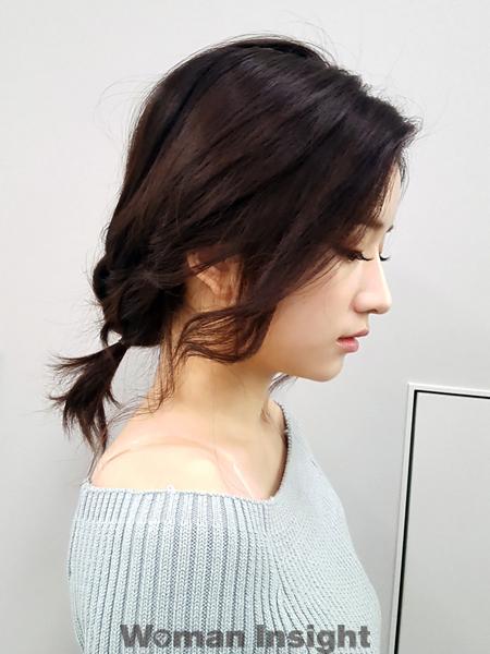 ■ヘアアクセ不要なのもうれしい、ルーズな質感のノットヘア