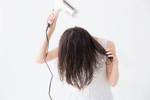 うるツヤ美髪をつくるための髪の乾かし方【ヘアドライ】