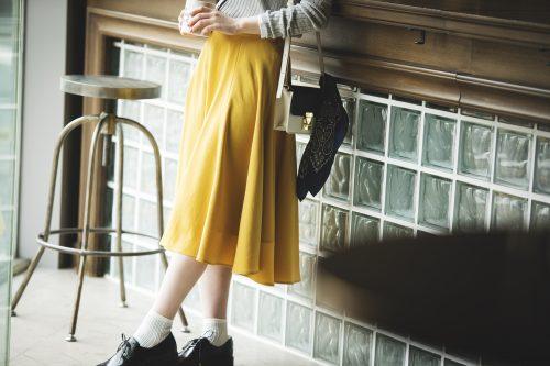 イエローのカラースカート