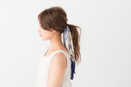 ■ポニーテール×スカーフのヘアアレンジ