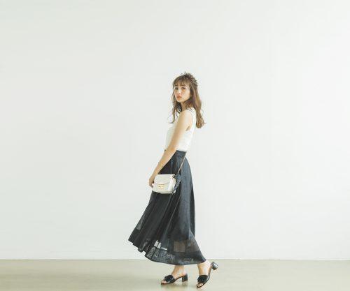 上品なプリーツスカートの今日のコーデ