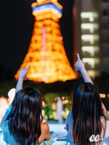 CanCamNightPool,背中越しの東京タワーのフォトジェニックさと言ったら文句なし!