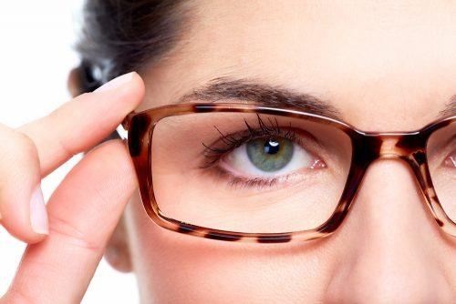 似合わないのは?丸顔が似合うメガネを探したい!