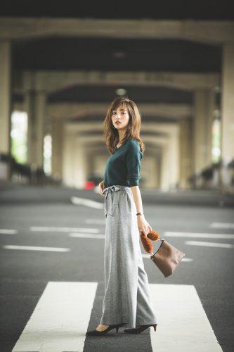 堀田茜,コーデ,ファッション,トレンド, グレンチェック, ワイドパンツ