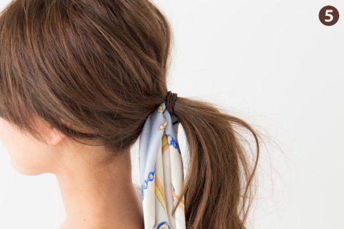スカーフ,ヘアアレンジ,ひとつ結び,簡単,ポニーテール