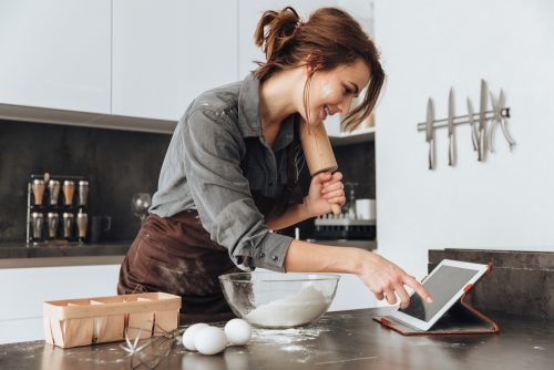 働く女性,自炊,平日,調査,夕食