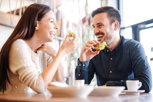 付き合う前,食事,デート,男女,調査
