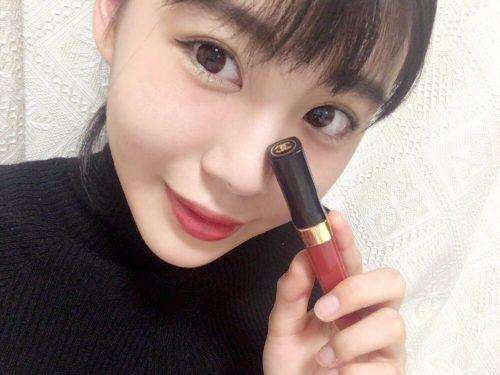 黒髪が可愛いit girlの赤リップメイク【1】
