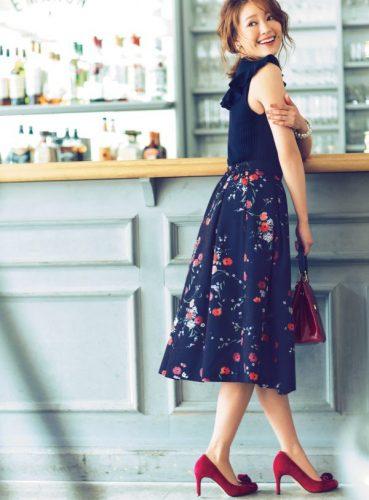花柄, スカート, コーディネート, ノースリーブ, 秋, ロングスカート, ファッション, コーデ,