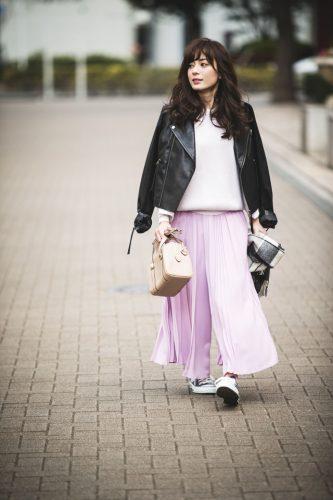 トレンド,ファッション,コーデ,ライダースジャケット,プリーツスカート