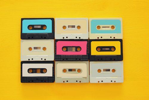 流行,理由,カセットテープ,フロッピーディスク,ホッピング,なぜ