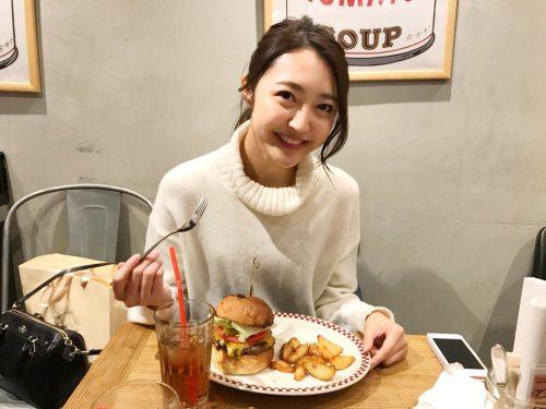 MUNCH'S BURGER SHACK,CanCam it girl,柳田菜月,ハンバーガー,トランプ大統領