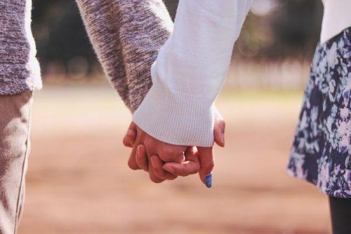 恋愛,カップル,長続き,付き合い,秘訣,コツ,調査,女性
