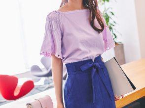 袖刺繍ギャザーブラウス×タイトスカート