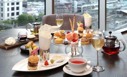 MOTIF RESTAURANT&BAR/フォーシーズンズホテル、シャンパン、紅茶、ライトミール