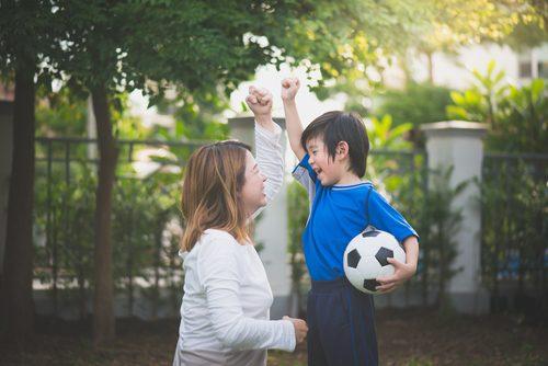 子供と母親