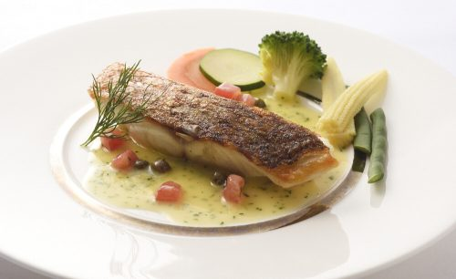 cafe et restaurant FiGAROの魚のポワレ