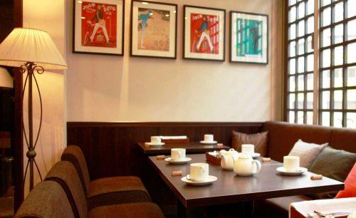 Bistro Wine Cafe Hearth 池袋1号店、店内、レストラン