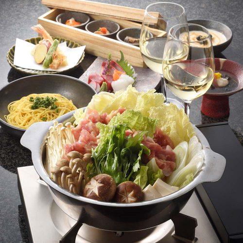 旬ものを使った前菜,水炊き鍋,コラーゲンたっぷり,KAPPO R 西麻布/ホテル&レジデンス六本木