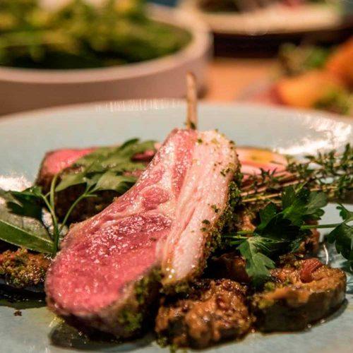 Stall RESTAURANT(ストールレストラン)、ラム肉、ラムチョップ、料理