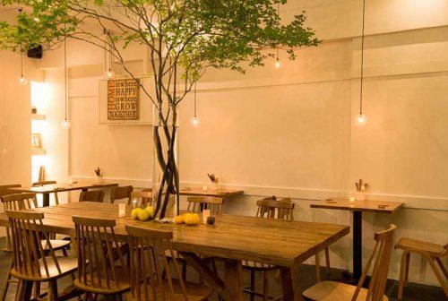 nakameguro SLOW TABLE、店内、中目黒、ボタニカル、レストラン