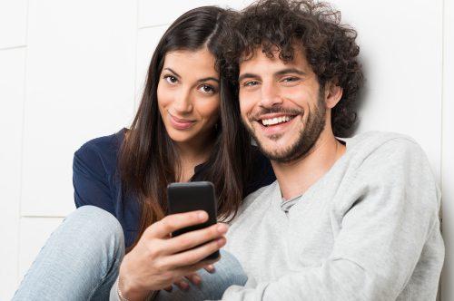 SNS,結婚報告,イライラ,女性,調査,Facebook,Instagram