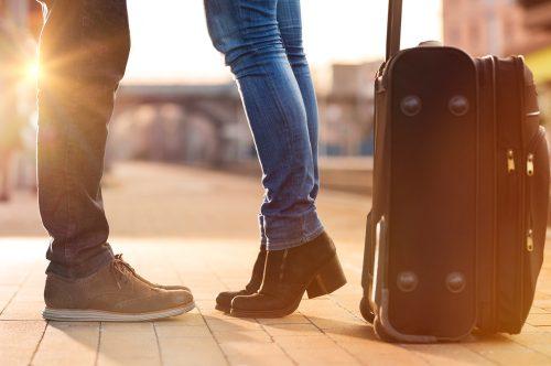 遠距離恋愛中のカップル