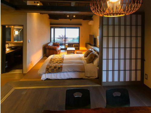 記念日を祝う宿 別邸KUROの和室