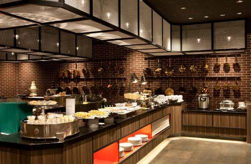カフェ&ダイニング Chef's Palette店内