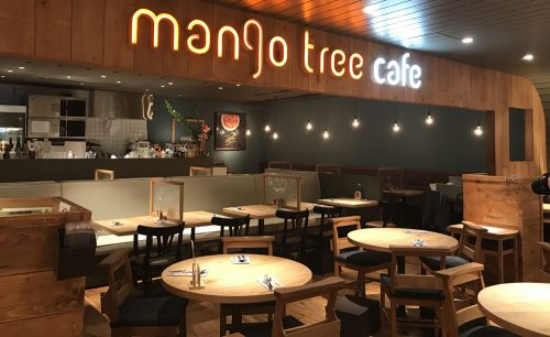 mango tree cafe 池袋の店内