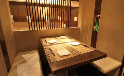 牡蠣屋うらら 飯田橋店、牡蠣料理、飯田橋、総武線沿い、店内